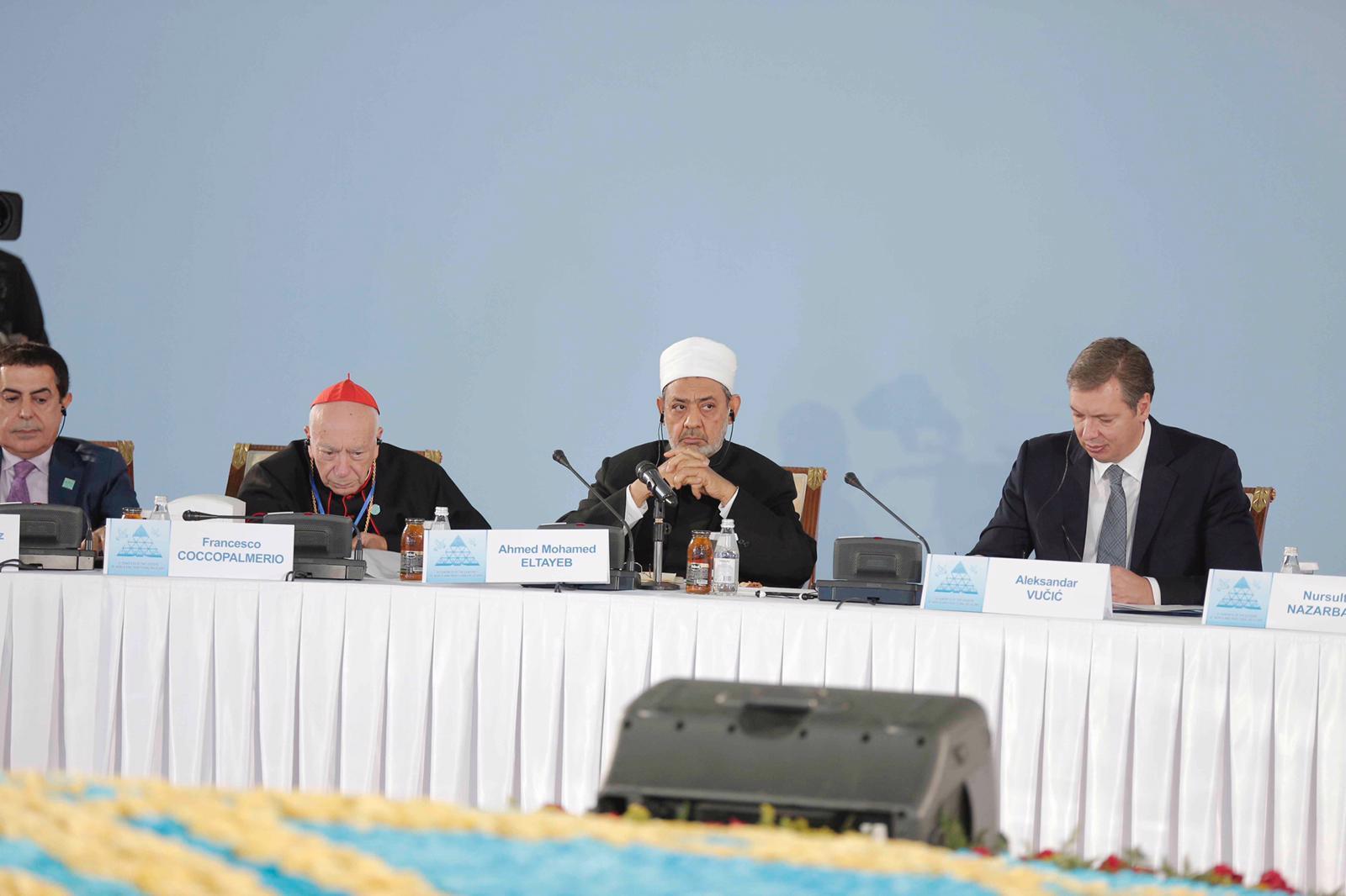الطيب:الإرهاب ليس صنيعة للإسلام أو الأديان لكنه صنيعة سياسات عالمية