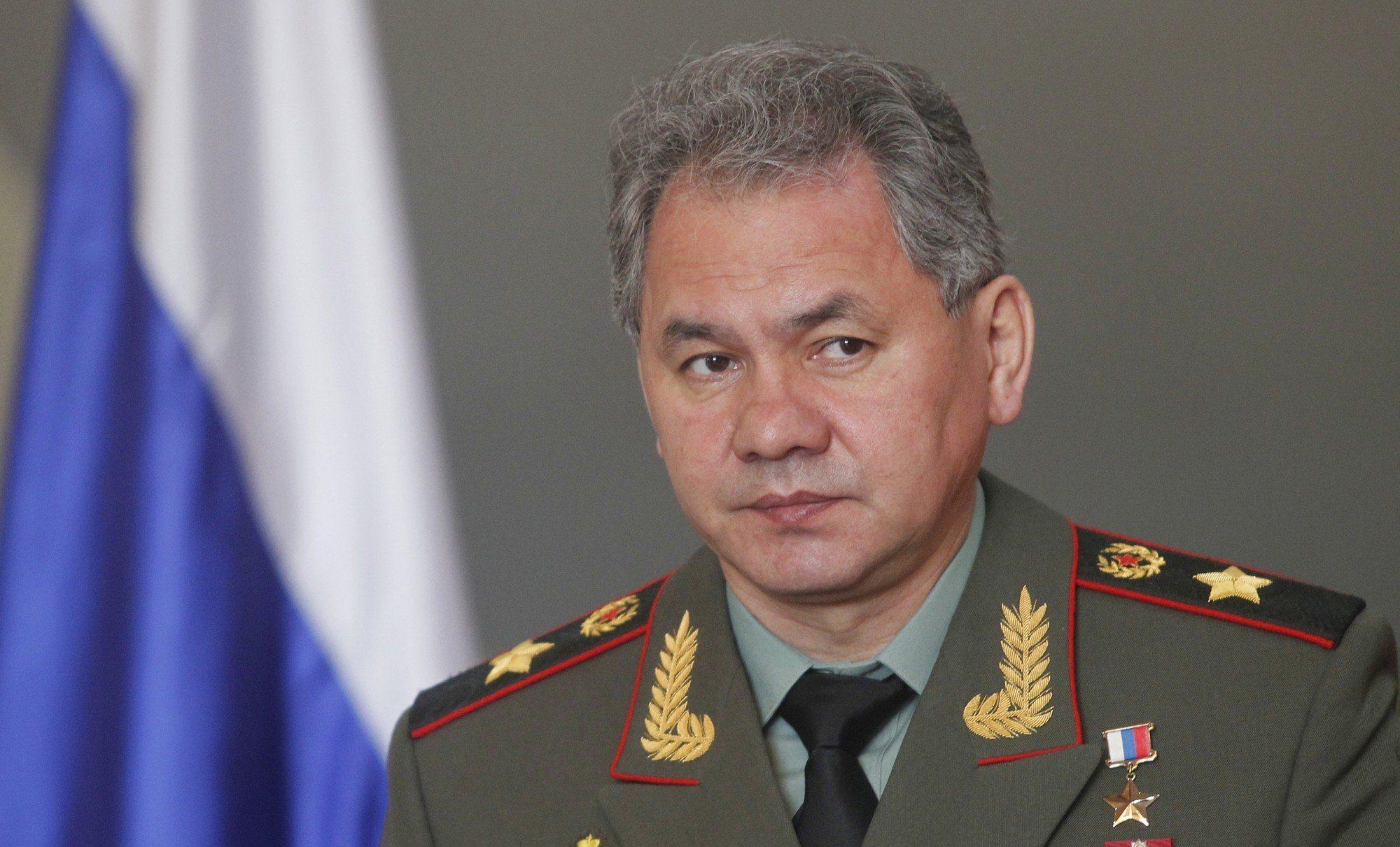 وزير الدفاع الروسي يبحث هاتفيًا مع نظيره الفرنسي الوضع في سوريا