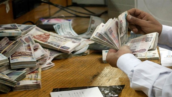 ضبط مسئول المتابعة بحي الموسكي متلبسا برشوة 20 ألف جنيه