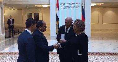 السيسى يؤكد لرئيسة الفيدرالية الروسية تطور العلاقات بين البلدين