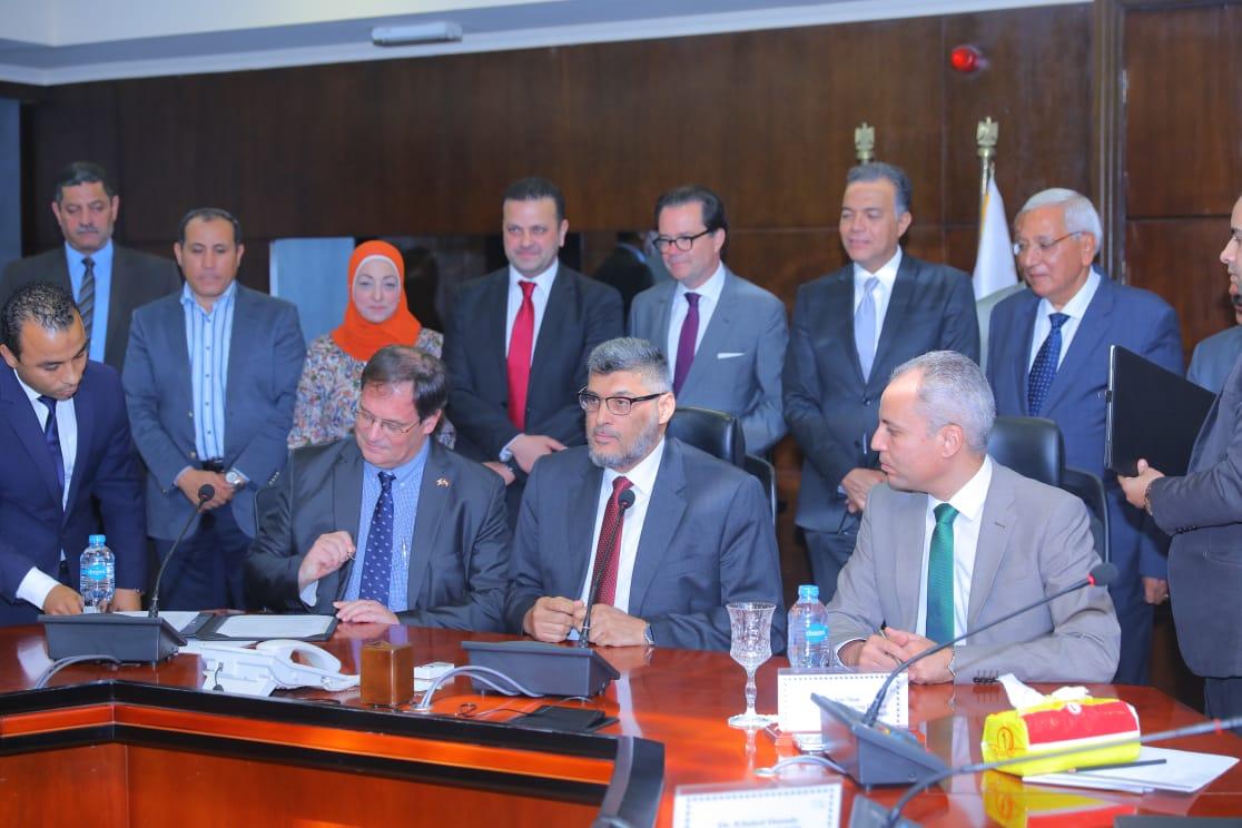 وزير النقل يشهد توقيع الاتفاق الفني لإعداد دراسات لمشروعات المنصورة