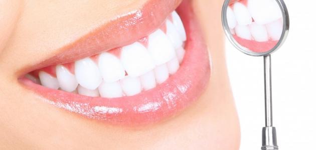 الجينات تلعب دورًا في تسوس الأسنان وأمراض اللثة