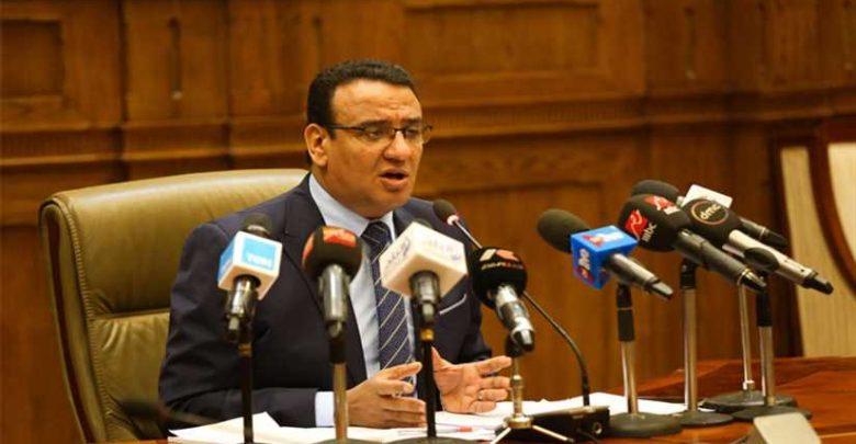 متحدث النواب يطالب بحسم أزمة شيكات الأعضاء