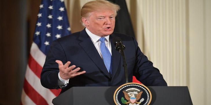 ترامب ينفي ابرام أية صفقات مع تركيا لإطلاق القس الأمريكي