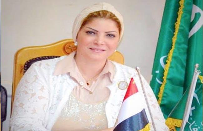 منال العبسي تشيد بجهود الدولة لتنظيم ملتقى سانت كاترين للسلام العالمي