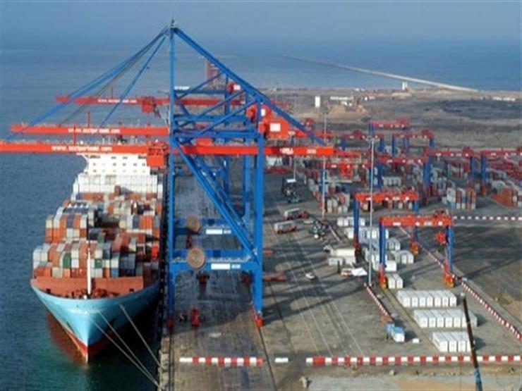 تداول 23 سفينة بضائع وحاويات بموانئ بورسعيد