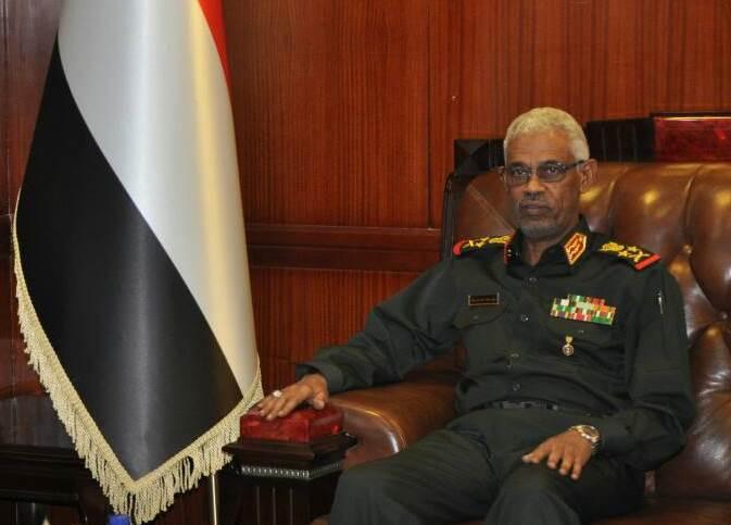 وزير الدفاع السوداني : حريصون على تحقيق واستدامة السلام في جنوب السودان