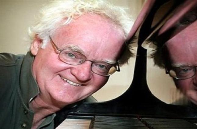 وفاة الموسيقار الأسترالي العالمي ريتشارد جيل عن عمر ناهز 76 عاما