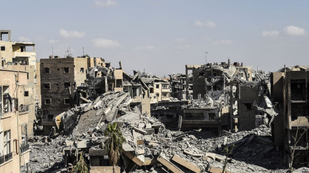 منظمة العفو الدولية : التحالف مطالب بعمل لمدينة الرقة المدمرة