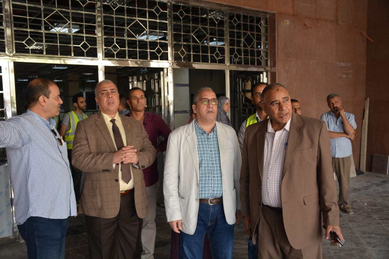 صور | رئيس شركة مترو الأنفاق والعضو المنتدب يتفقدان أعمال تطوير محطة المرج الجديدة