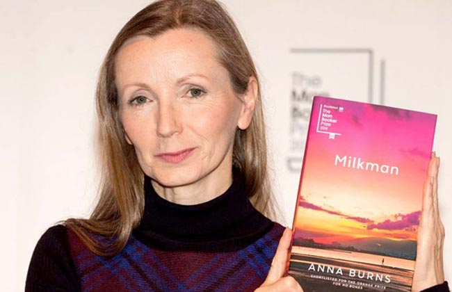 آنا بيرنز المتوجة بجائزة «مان بوكر» بين أصالة الإبداع وشجاعة الاعتراف