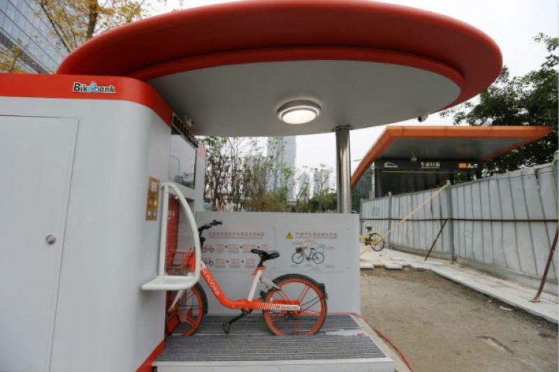 جراجات ذكية تحت الأرض لمواجهة زحام الدراجات في الصين