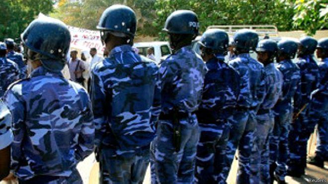 السلطات السودانية تحرر 84 رهينة احتجزتهم عصابة للاتجار بالبشر