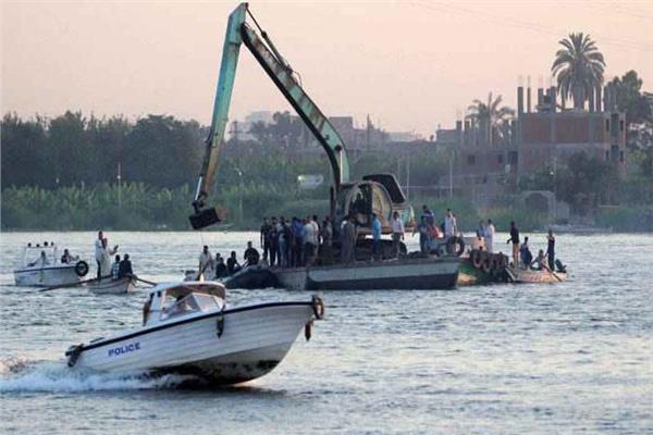 غرق5 أشخاصإثر انقلاب قارب ركاب في مركز كوم حمادةبالبحيرى