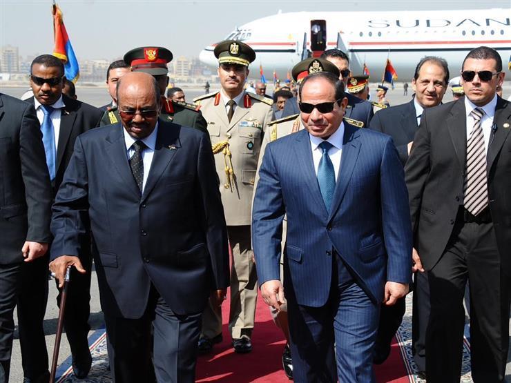 الرئيس السيسي يستقبل نظيرة السوداني لدى وصوله شرم الشيخ