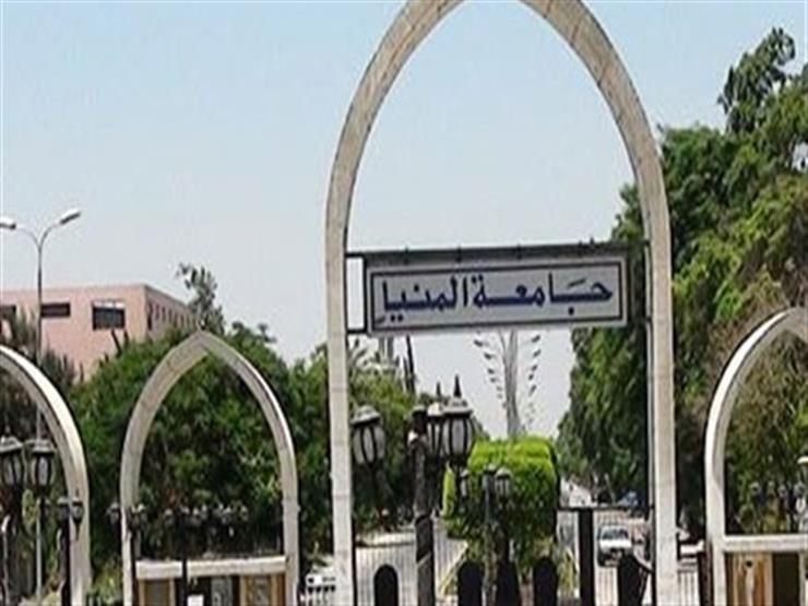 """رئيس جامعة المنيا يتفقد المستشفى """"ثلاثي الأجنحة"""""""