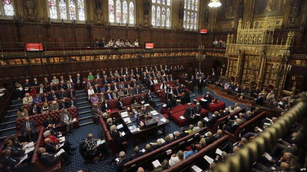 """البرلمان البريطاني يعتزم إلغاء عطلته السنوية بسبب """"بريكست"""""""