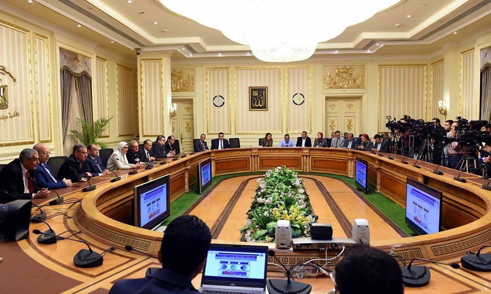 مجلس الوزراء يوافق على مشروعي قرارين جمهوريين للتعاون مع تونس والبحرين
