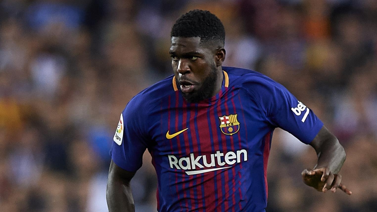 برشلونة يبحث عن مدافع لتعويض غياب الفرنسي صامويل أومتيتي