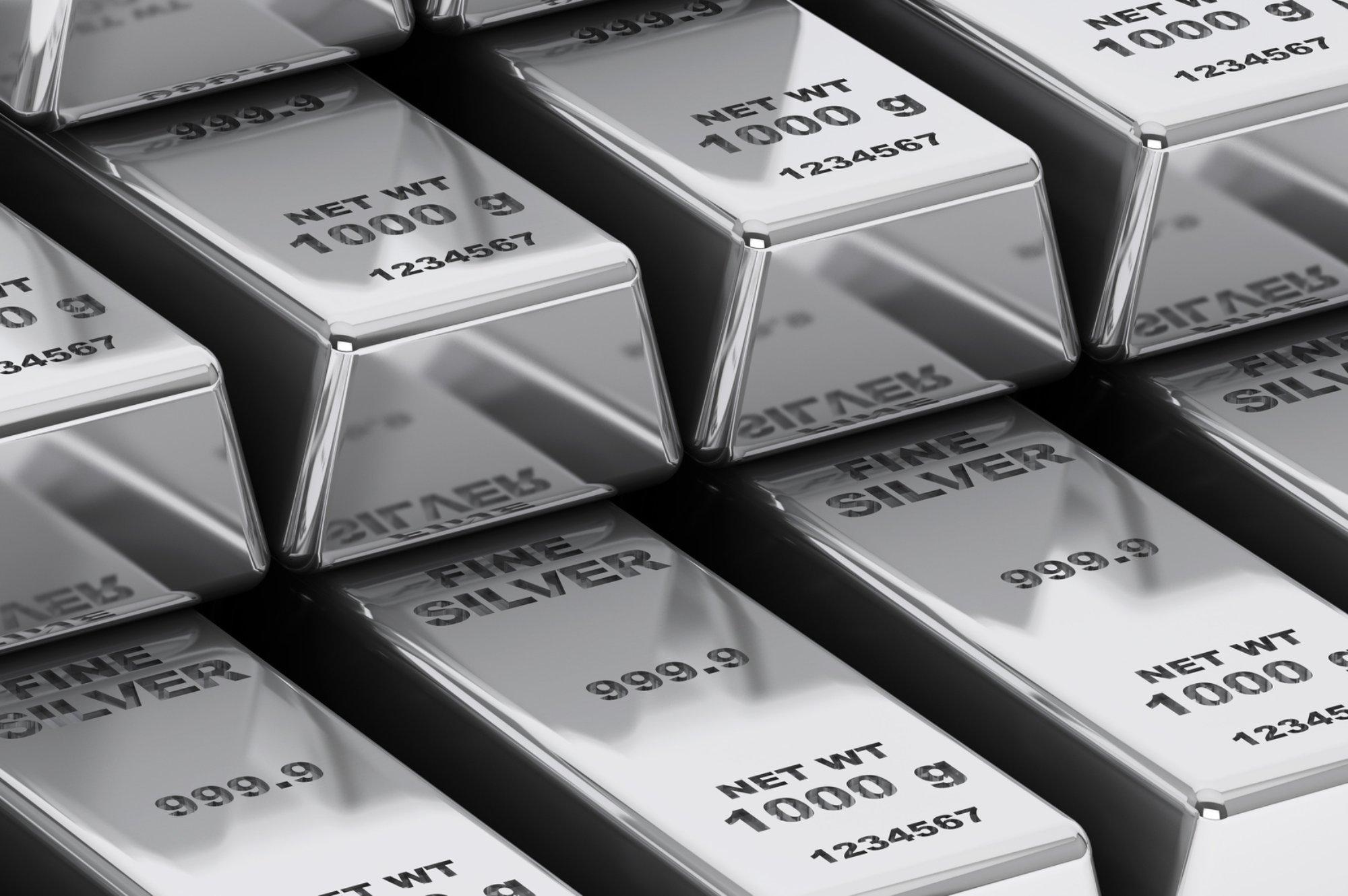 البلاديوم يبلغ ذروة قياسية بفعل حظر روسي محتمل والذهب يرتفع