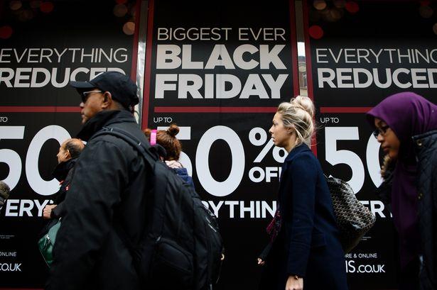 """هكذا نشتري الوهم في """" الجمعة السوداء"""""""