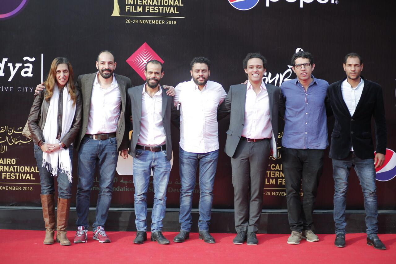 صور   النجوم في عرض فيلم «ورد مسموم» في مهرجان القاهرة السينمائي