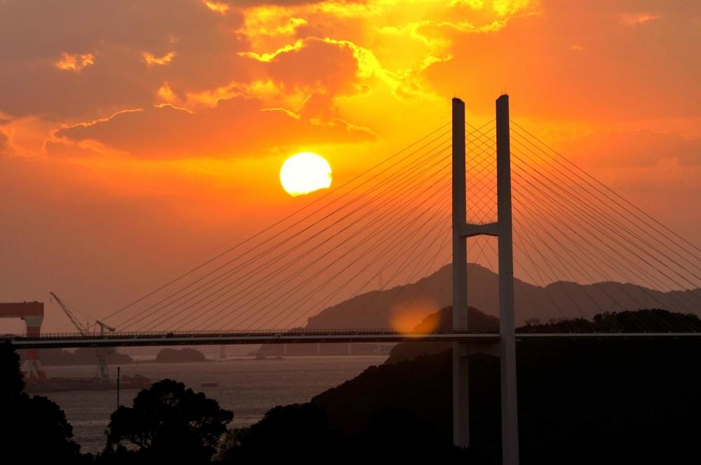 شمس صناعية صينية تحقق درجات حرارة 100 مليون درجة مئوية