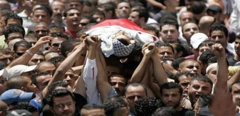 استشهاد شاب فلسطيني متأثرا برصاص الاحتلال الإسرائيلي