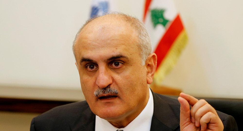 وزير المالية اللبناني يحذر من أزمة اقتصادية مع استمرار الجمود السياسي