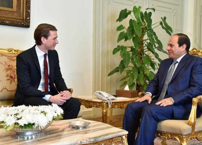 الرئيس السيسي يبحث التعاون التجاري والاستثمار مع المستشار النمساوي