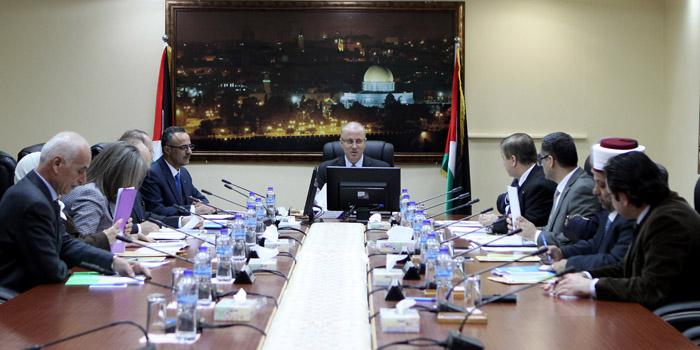 الحكومة الفلسطينية تؤكد التزامها بتوفير متطلبات إجراء الانتخابات التشريعية