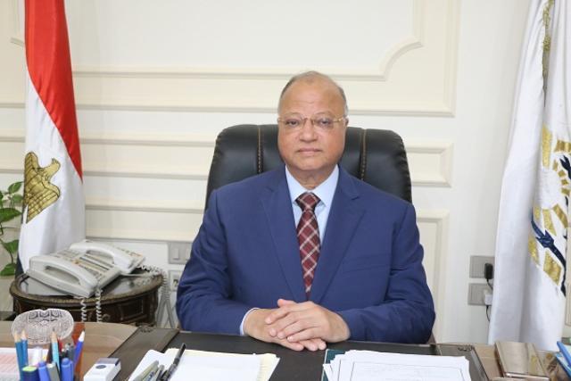 محافظ القاهرة يوجه بتكثيف نظافة الأماكن السياحية والكنائس