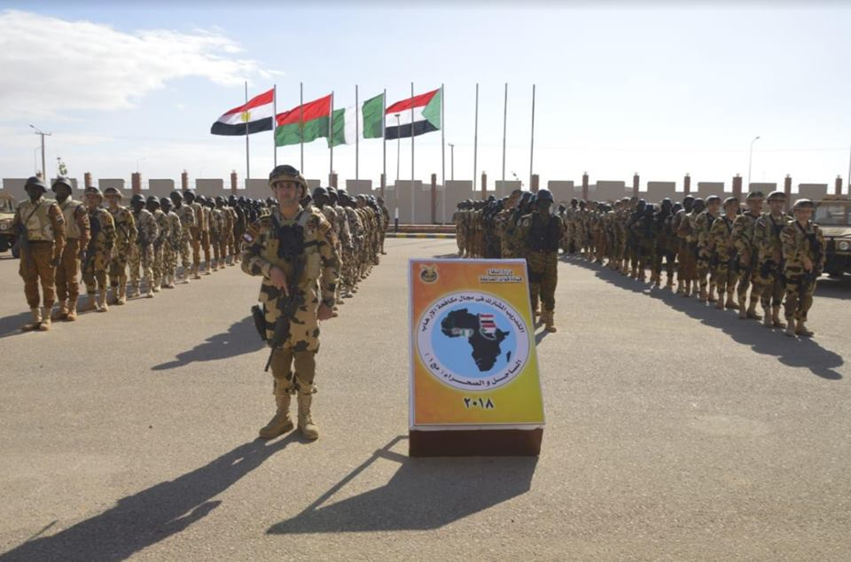 صور | قاعدة محمد نجيب العسكرية تستضيف تدريبات «الساحل والصحراء» لمكافحة الإرهاب