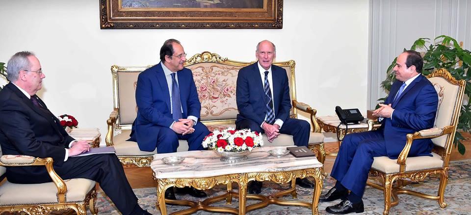 نشاط الرئيس السيسي يتصدر عناوين الصحف المصرية