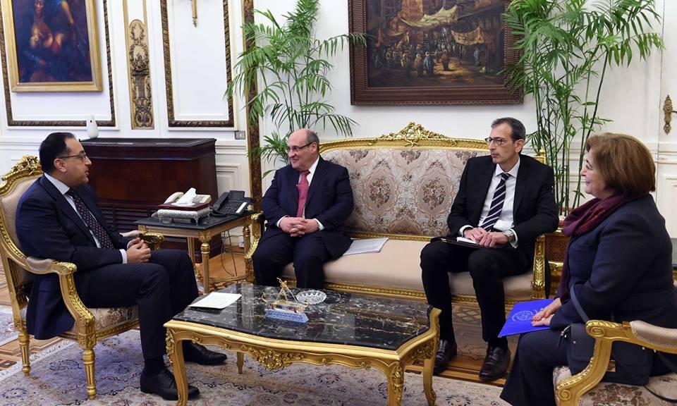 رئيس الوزراء يلتقي مدير منظمة الهجرة الدولية لبحث سبل تعزيز التعاون