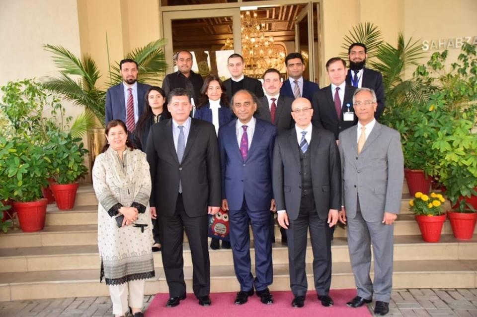 صور | مصر وباكستان تؤكدان أهمية دعم وتنويع التعاون فى مختلف المجالات