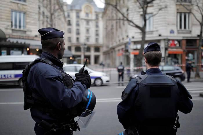 الإرهاب يعود إلى فرنسا من جديد ويتصدر مشهدها السياسي