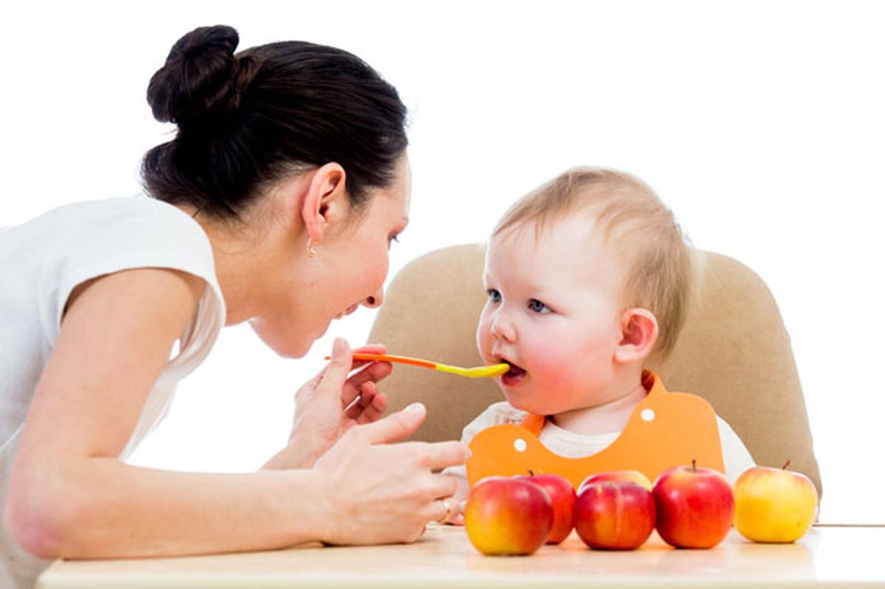 دراسة : الأطفال يفرطون في تناول الطعام حال توفير المزيد من الخيارات لهم