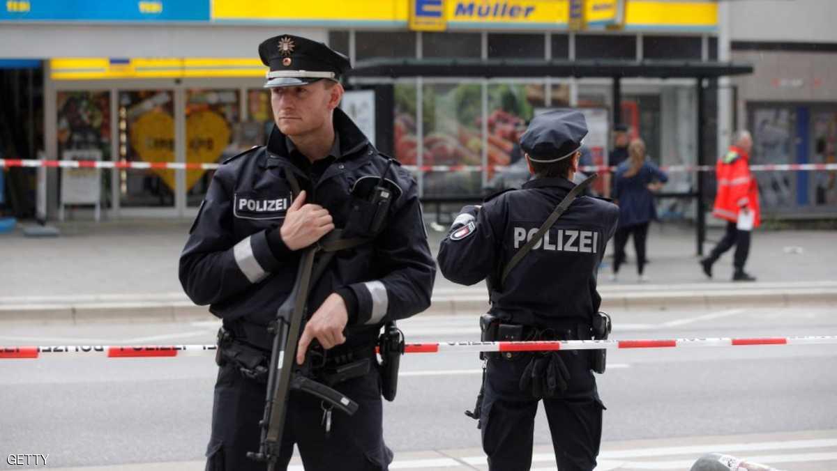 ألمانيا تشن حملة واسعة لمصادرة الأسلحة البيضاء داخل الحرم الجامعي