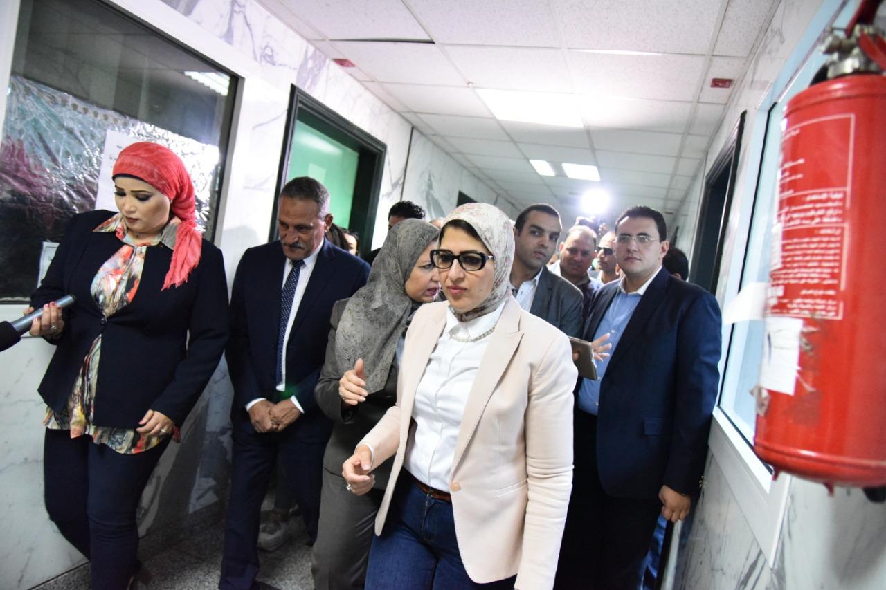 وزيرة الصحة تفتتح أعمال تطوير العمليات والحضانات بمستشفى صيدناوى