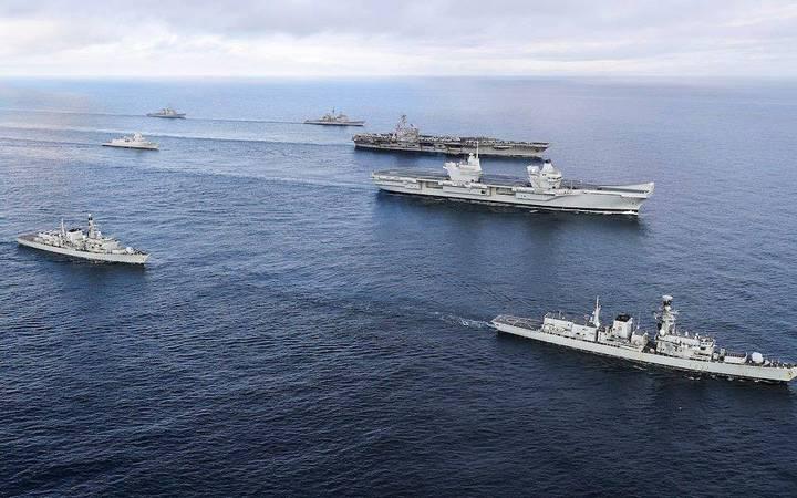 تدريبات عسكرية أمريكية بريطانية مشتركة في بحر الصين الجنوبي
