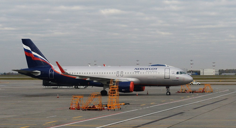 روسيا : القبض على الراكب الذي هدد باختطاف طائرة «ايروفلوت»