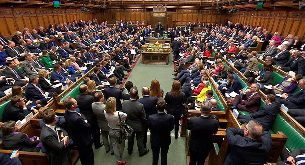 العموم البريطاني : لا وقت لإنفاق الملايين على حملة دعائية لبريكست