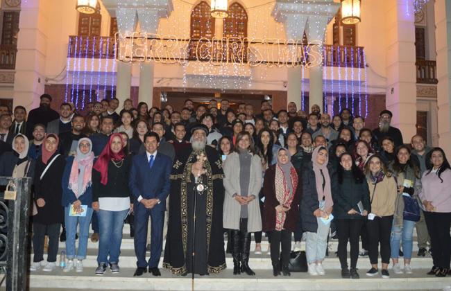صور | وزارة الهجرة تنظم لقاء لوفد من شباب المصريين بالخارج مع البابا تواضروس