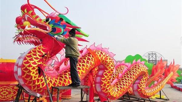 محافظ جنوب سيناء يبحث إقامة عيد الربيع الصيني بمدينة شرم الشيخ