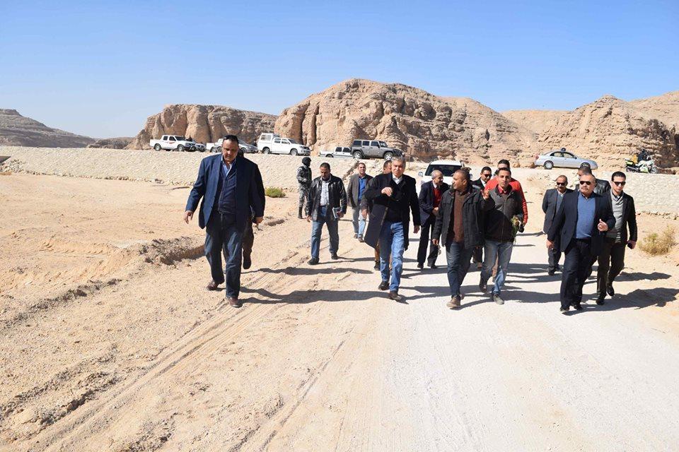 صور | محافظ المنيا يقود حملة مكبرة لاسترداد 5 آلاف فدان من أراضى أملاك الدولة