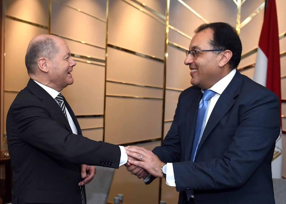 زيارة رئيس الوزراء لألمانيا وإشادة بومبيو بالحريات الدينية في مصر تتصدران عناوين الصحف