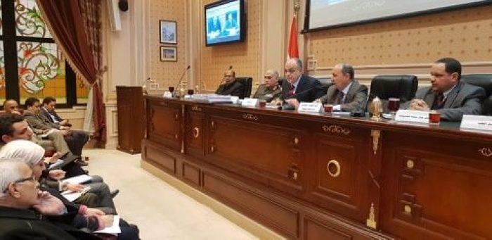 عمرو نصار يستعرض خطة عمل تنمية الصناعات الصغيرة والمتوسطة بمجلس النواب