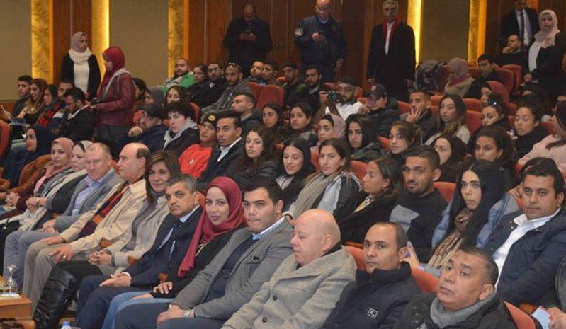 صور | وزارة الهجرة تنظم زيارة للوفد الثاني من المصريين في أستراليا لقناة السويس