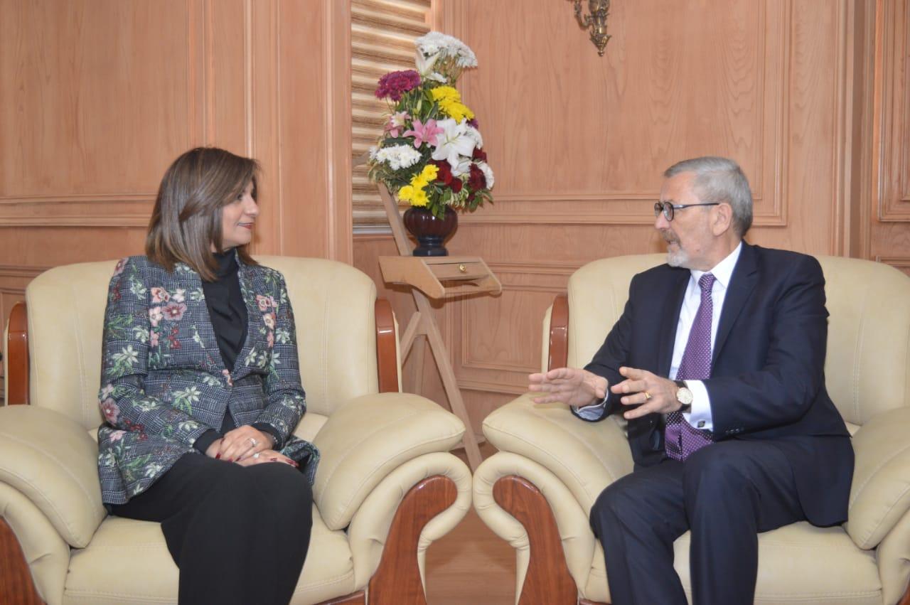 وزيرة الهجرة تستقبل سفير ألبانيا بالقاهرة لبحث سبل تعزيز  التعاون المشترك